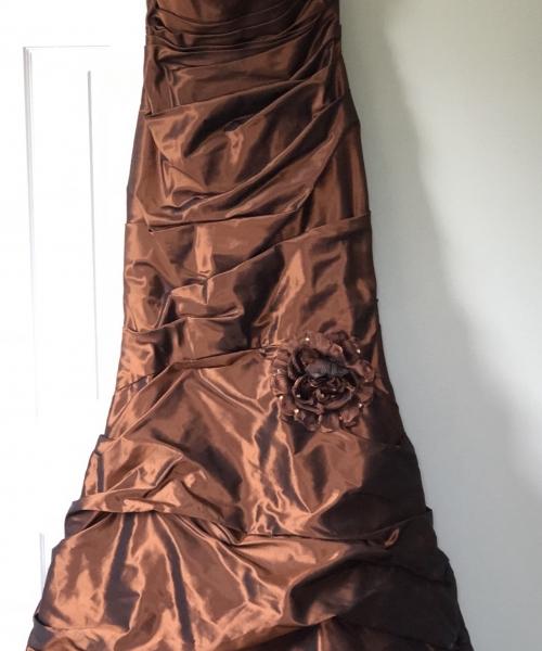 Size 12 Paula Varsalona Wedding Dress For Sale In Pennsylvannia