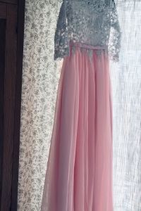 Size 4 Dress for sale in Detroit Michigan