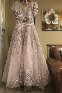 Size 10 Yolanda Couture Dress for sale in Detroit Michigan