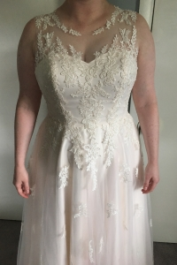 Size 14 Wedding Dress for sale in Alexandria Virginia