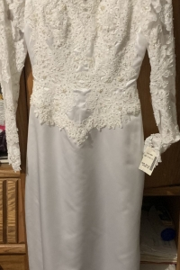 Size 6 David's Bridal Wedding Dress for sale New York